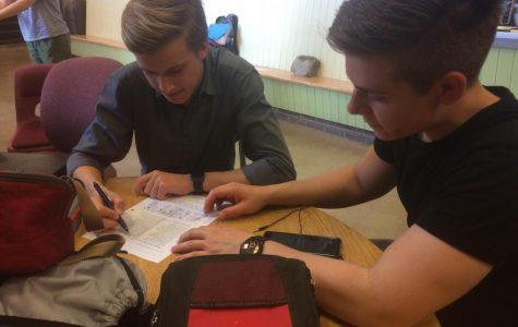 Erleben neuer Kulturen; German Exchange Students Visit State High