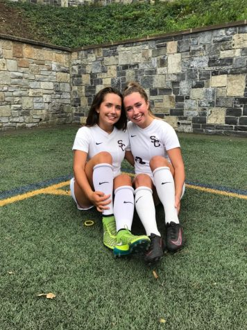 Field Hockey Sends Off Seniors