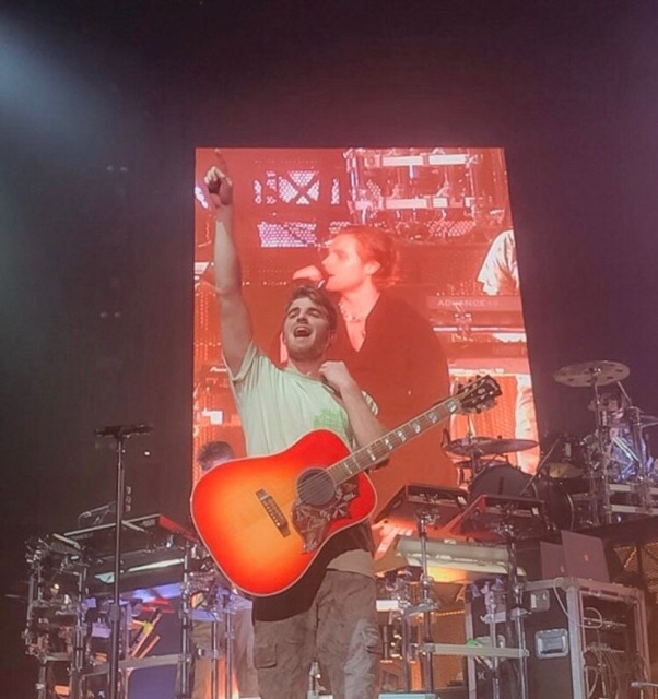 The Chainsmokers lead singer, Andrew Taggart sings live on stage at the Bryce Jordan Center. Hundreds of fans came to see the Chainsmokers perform in their World War Joy tour.  The band performed many of their hit songs such as