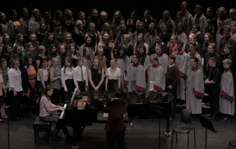 State High Choirs 'Sing In' the New Season