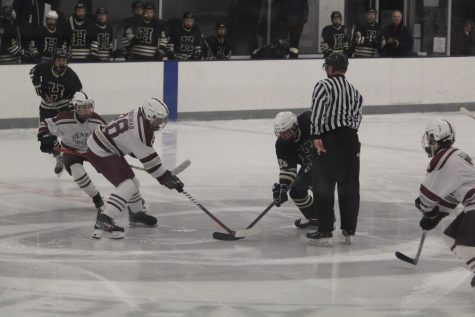 SC Varsity Hockey Team Wins 5-4 in Overtime Against CC