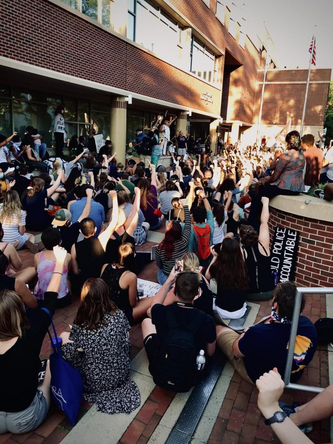 State High Students protesting racial justice on June 6, 2020, in State College PA. Students are gathered at the municipal building, where they are listening to speakers protesting the police system.