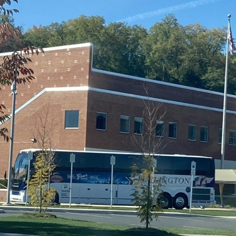 State High field hockey team arrives at the Delta building after competing in an away game against Carlisle on Oct. 7, 2020. Because of the parent involvement, not many people rode the bus home from Carlisle, but instead, athletes drove home with their parents.