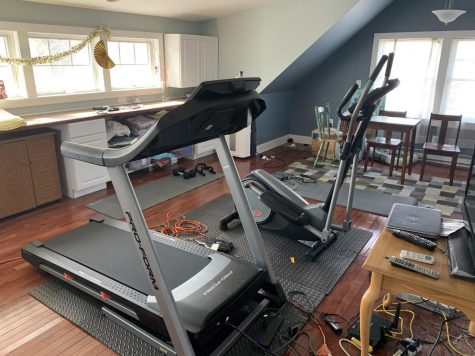 Sophomore Grace Lippincott and her family have made a few adjustments in order to be able to workout safely from home. Lippincott uses her cardio machines and free weights for her at-home workouts often.
