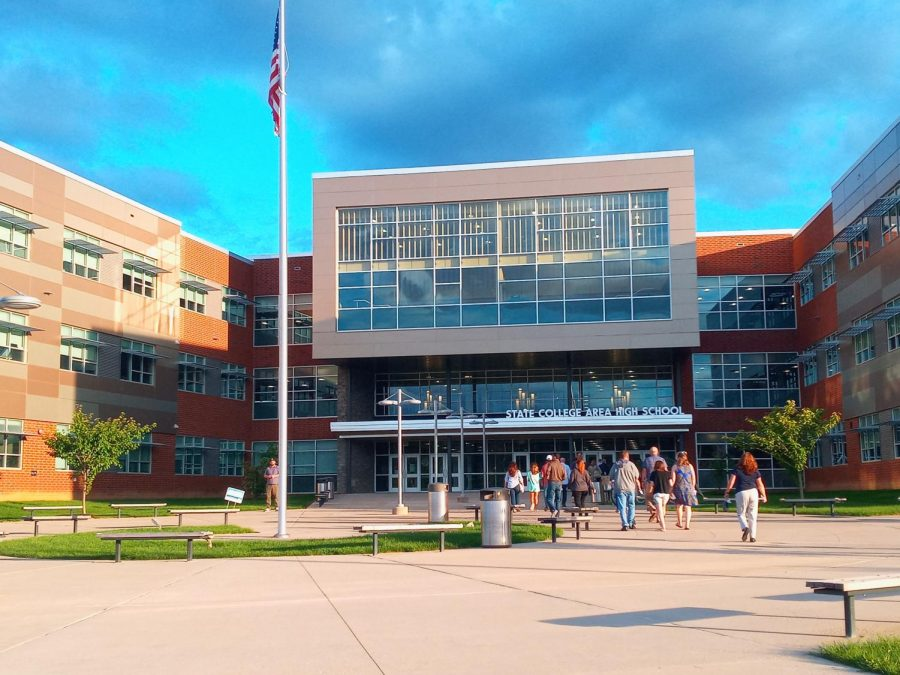 State high welcomes visitors As back to school night 2021 begins on the evening of September 9th.
