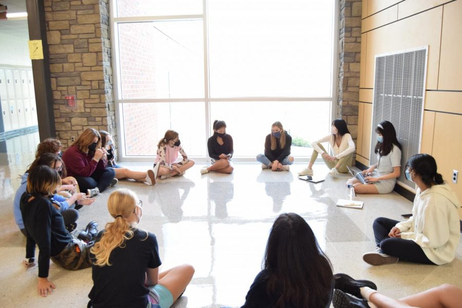 Students participate in a group discussion about school issues facilitated by Student Government members Michelle Zhang and Victoria Zhu at the Leadership Council meeting on Thursday, Sept. 16.